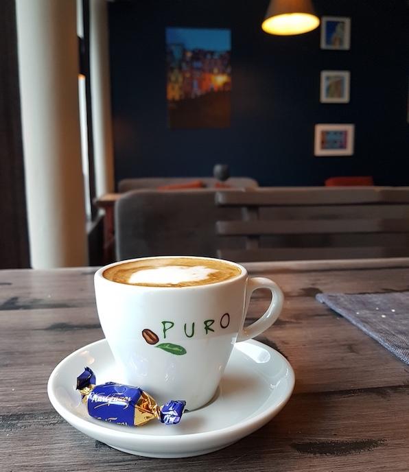Pausa on kahvila, jossa saa nauttia.